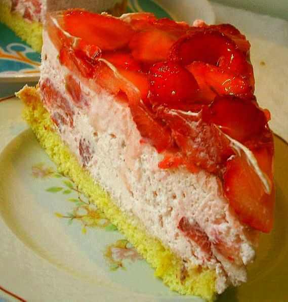 torta sa jagodama
