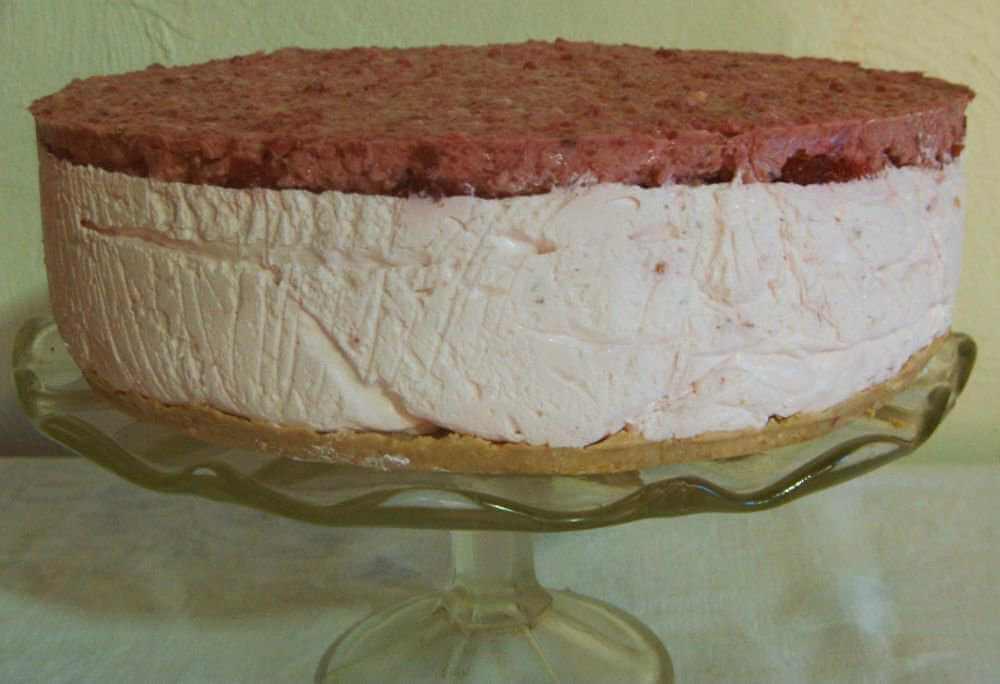 torta od jogurta i malina