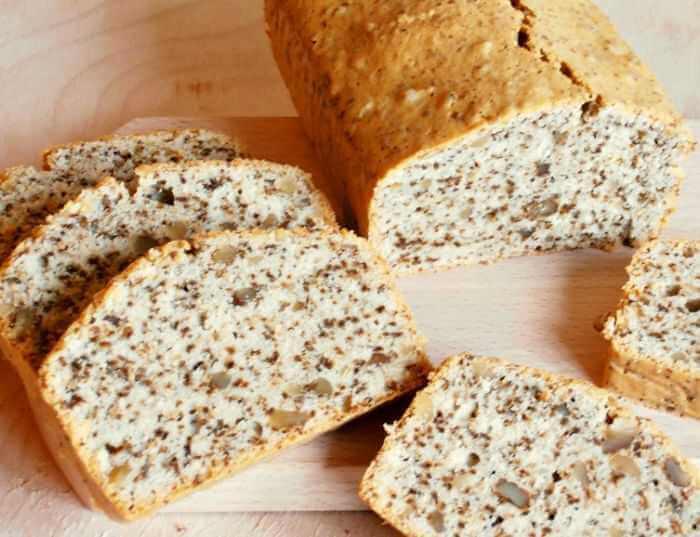 kolač hleb sa orasima
