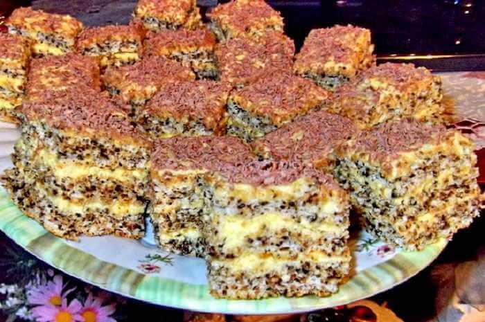 kolac sa lesnicima