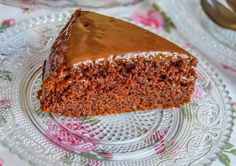 brzi kolac sa cokoladom