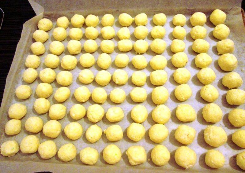 kolač sa kokos kuglicama (2)