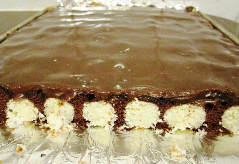 kolač sa kokos kuglicama