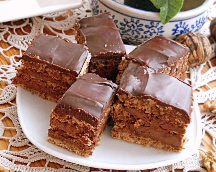 kolac sa orasima i cokoladom