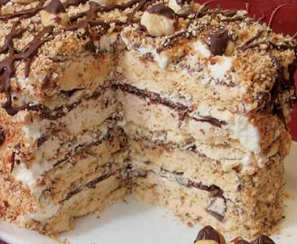 beze torta sa lesnicima