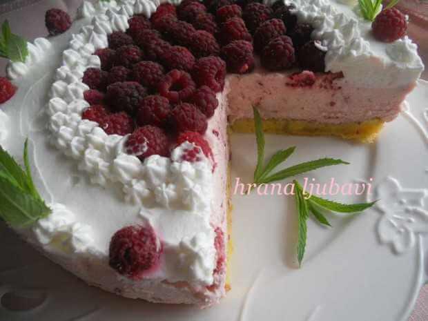 letnja kraljica torta