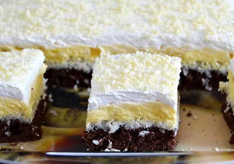 kolac sa kokosom i vanila kremom