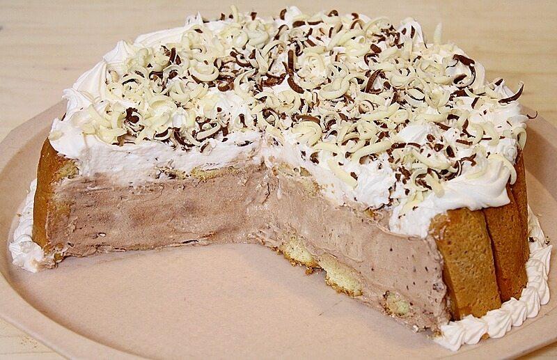 nepecena cokoladna torta sa piskotama (5)
