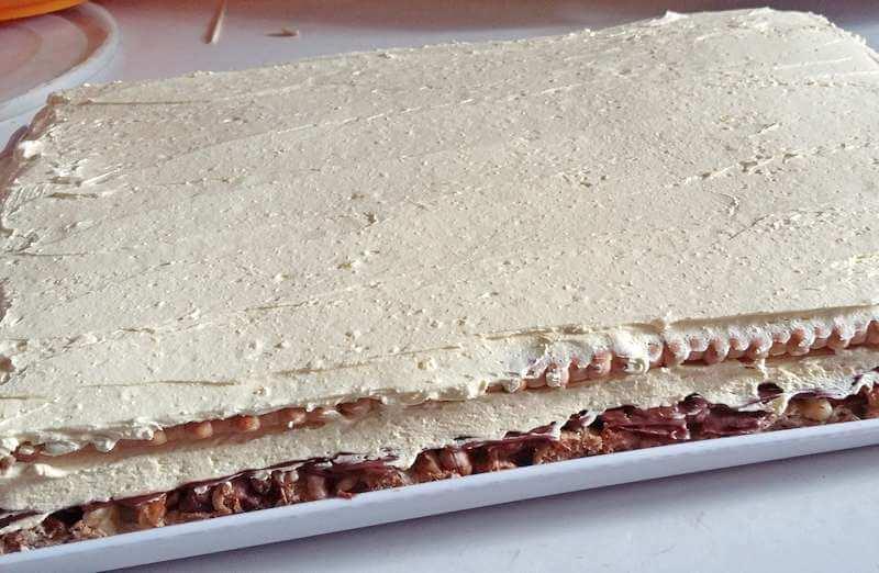kremasti kolac sa orasima (4)