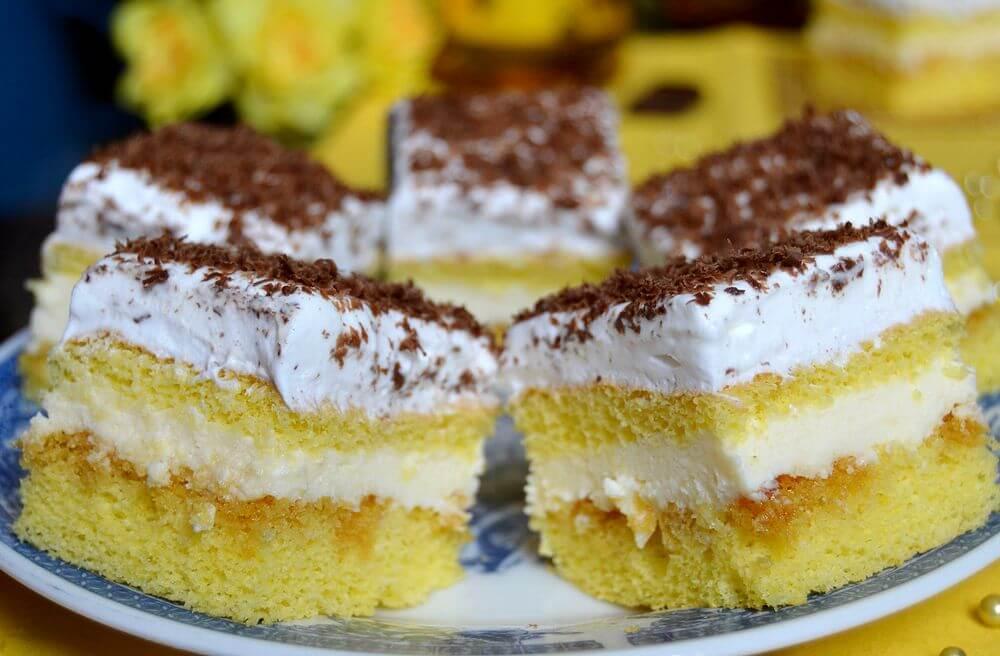 kolac sa vanila kremom
