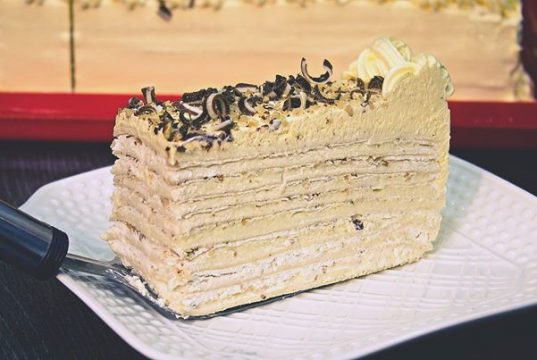 beli andjeo torta